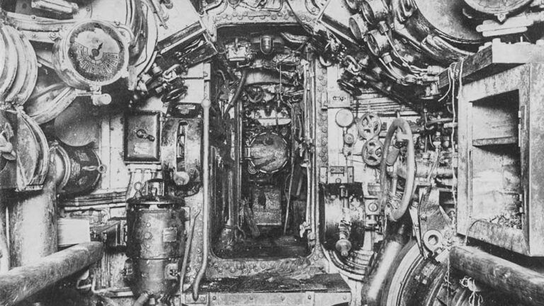 The nightmarish insides of World War I submarines